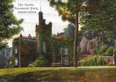 000101 - Beaumont Park - Castle Postcard - 2